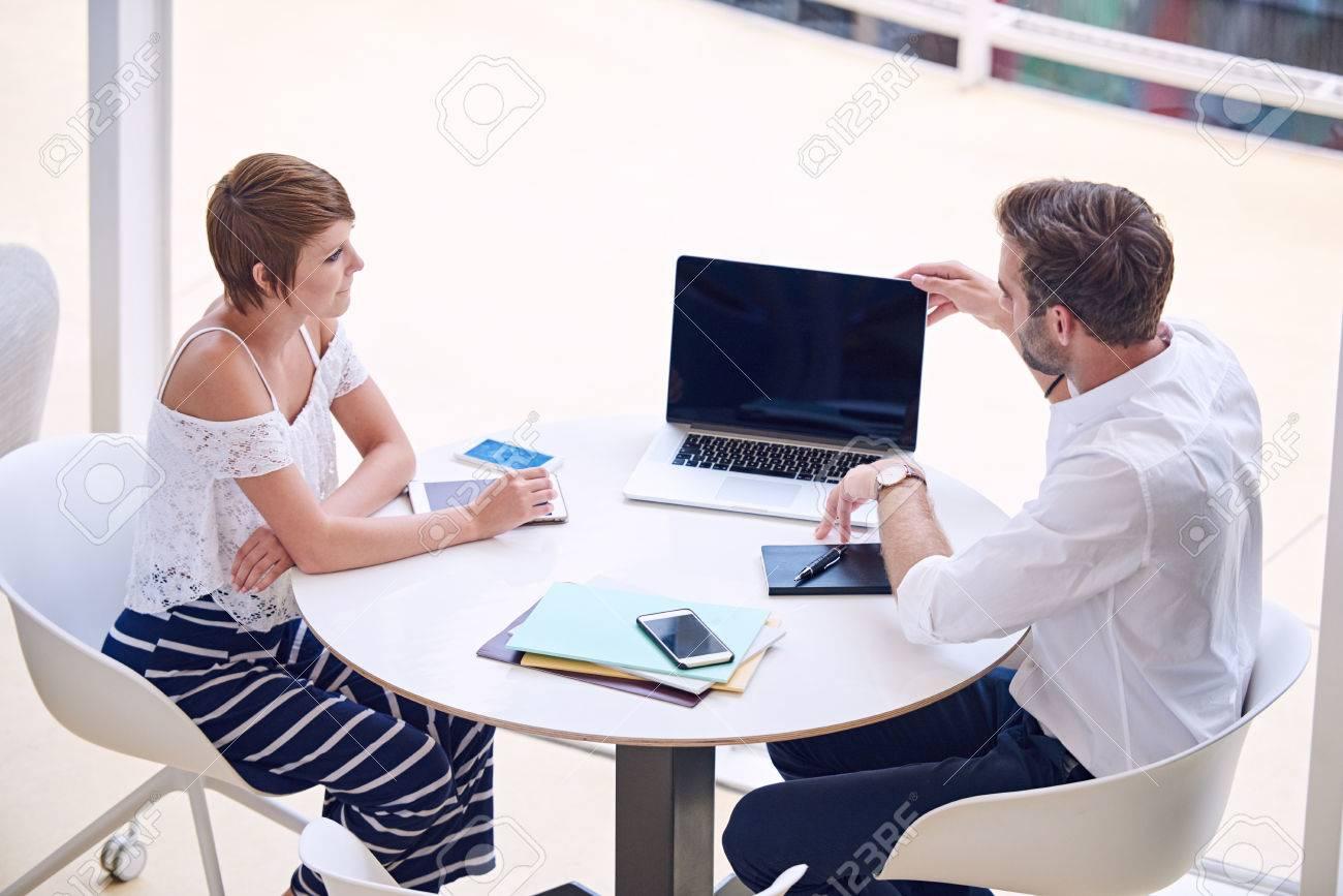 「男女 忙しい」の画像検索結果
