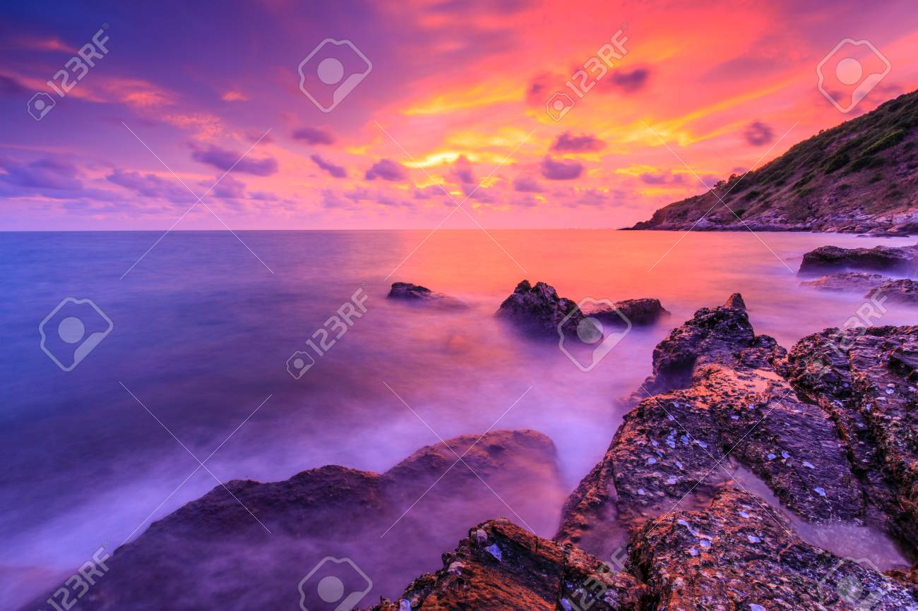 Colorful sunset on the sea in Khaoleamya-mookoh samet national park Rayong province, Thailand. - 103945899