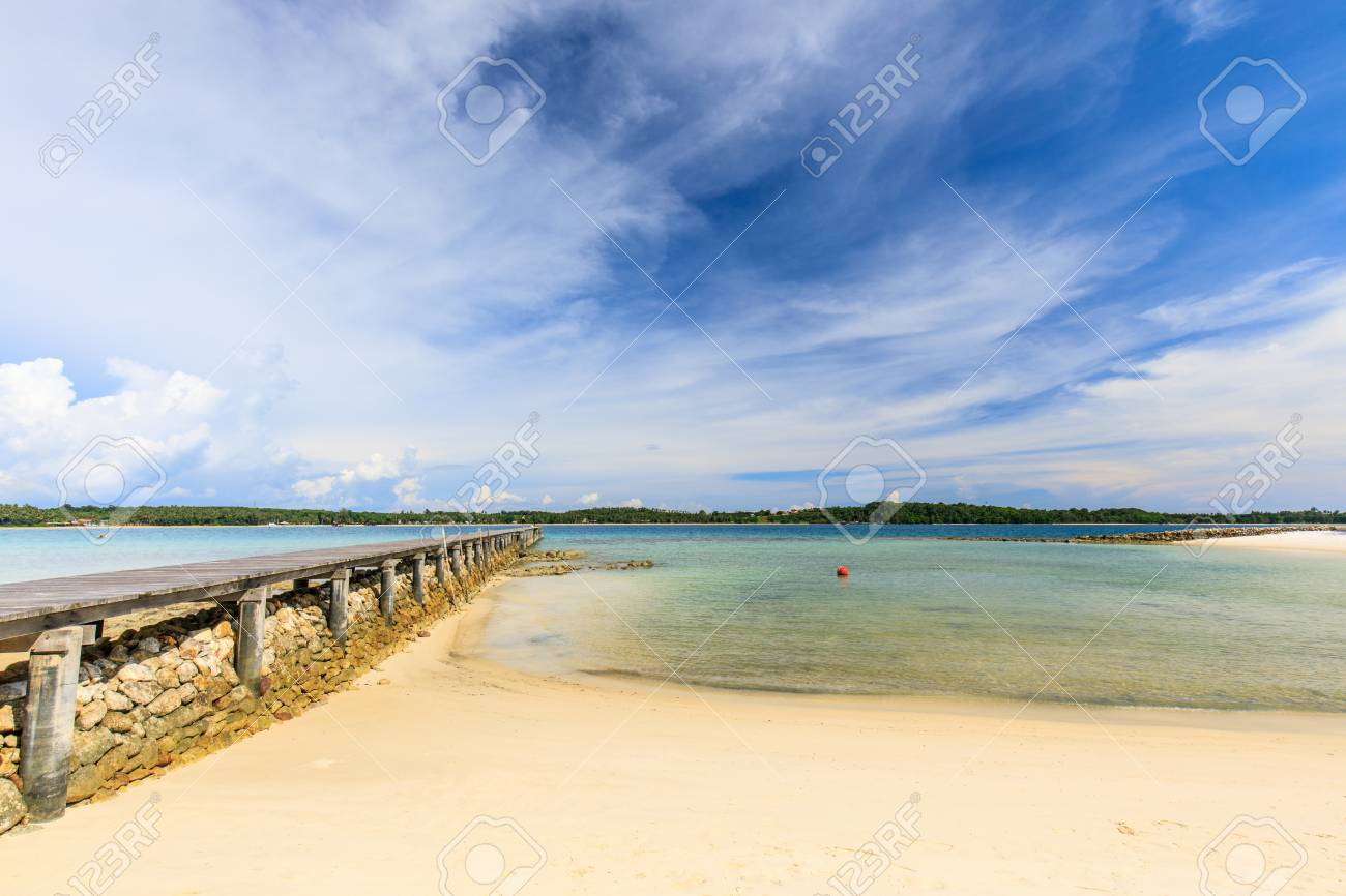 wooden bridge on tropical beach in Koh Mak island, Trat province,Thailand - 106342895