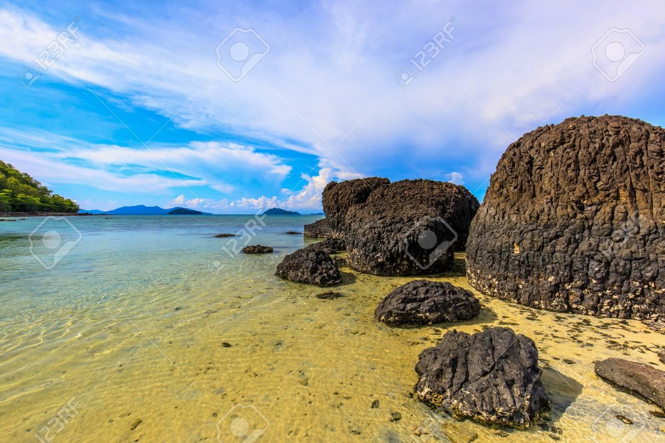 Beautiful volcanic rocks along the beach in Koh Mak island, Trat province,Thailand - 106342956