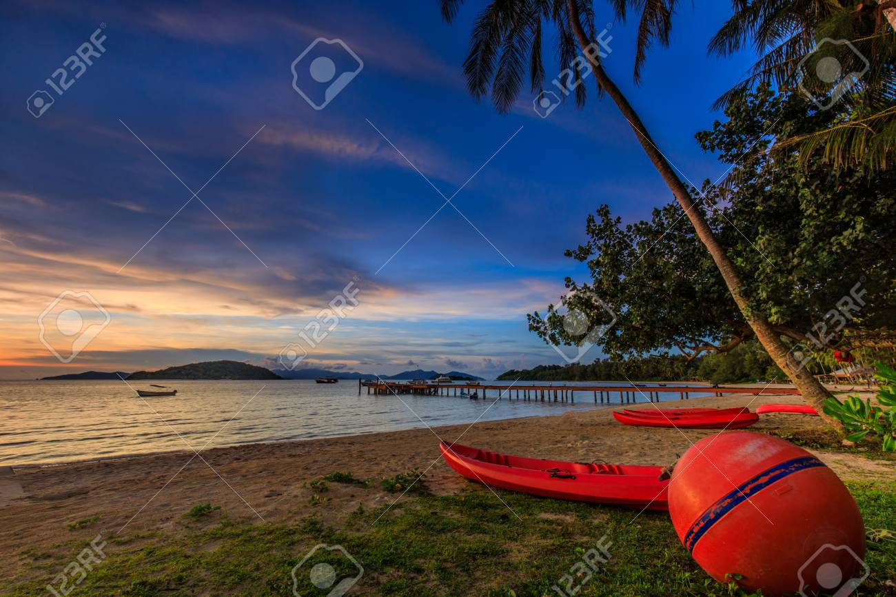 Colorful sunset on tropical beach in Koh Mak island, Trat province, Thailand. - 106343004