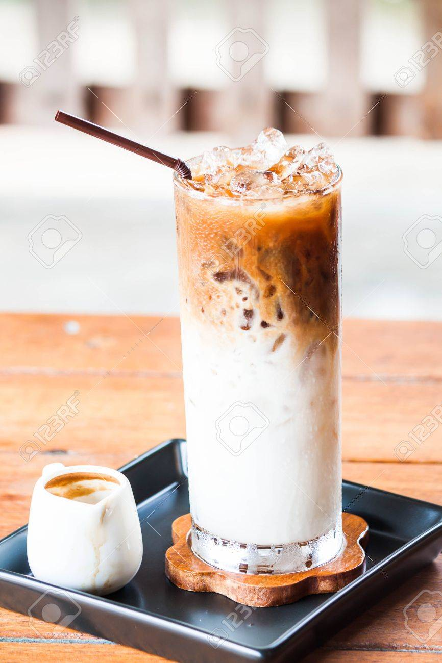 Iced coffee latte with espresso shot for adding Standard-Bild - 20459328