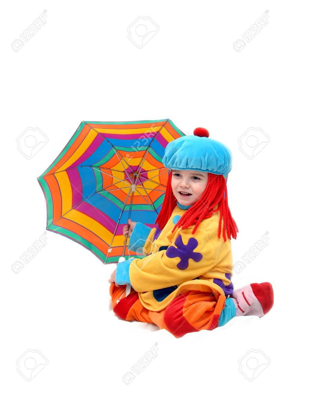 Kleiner Junge Spielt Gerne Clown Für Den Tag Er Hat Regenschirm In