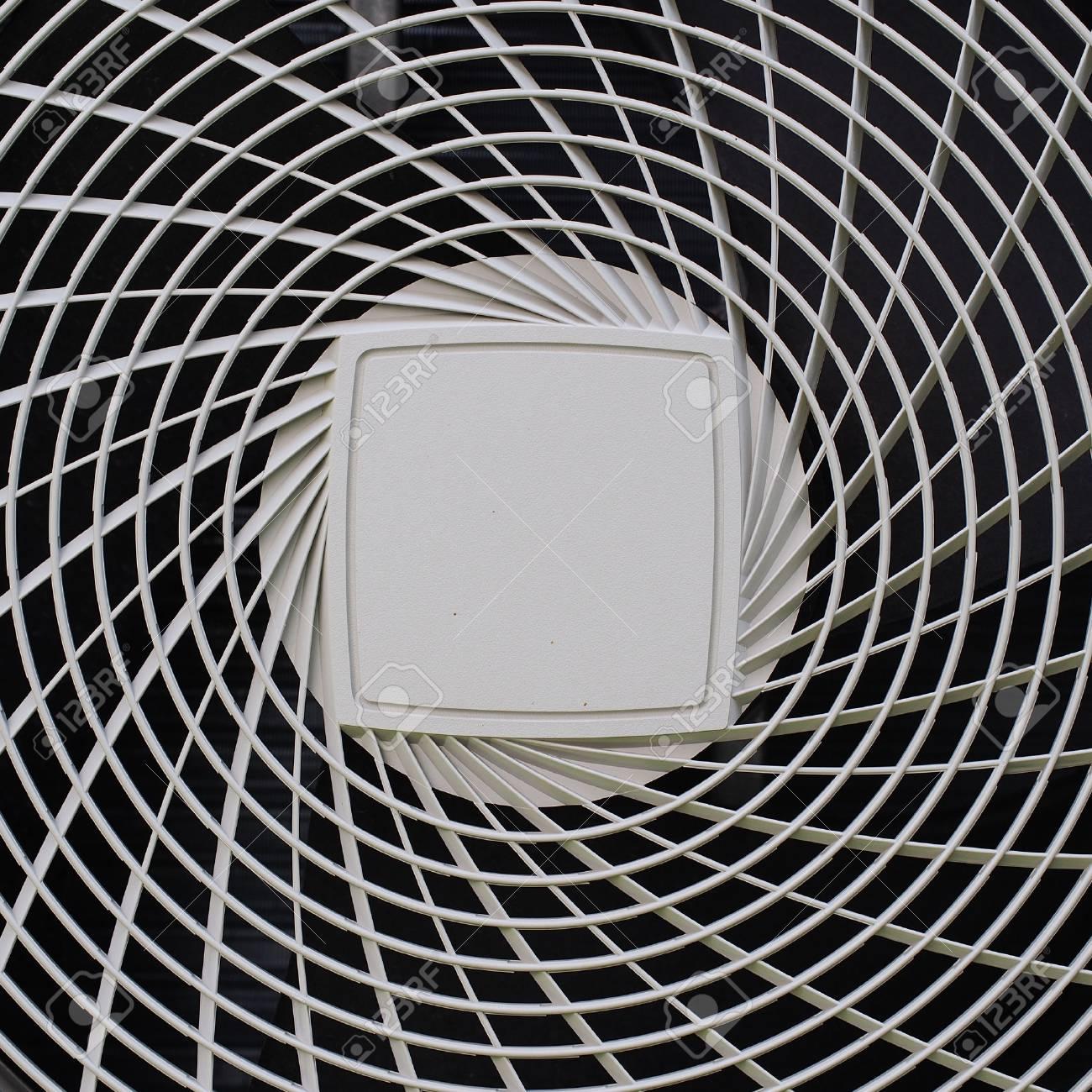 Air conditioner compressor Standard-Bild - 41198782
