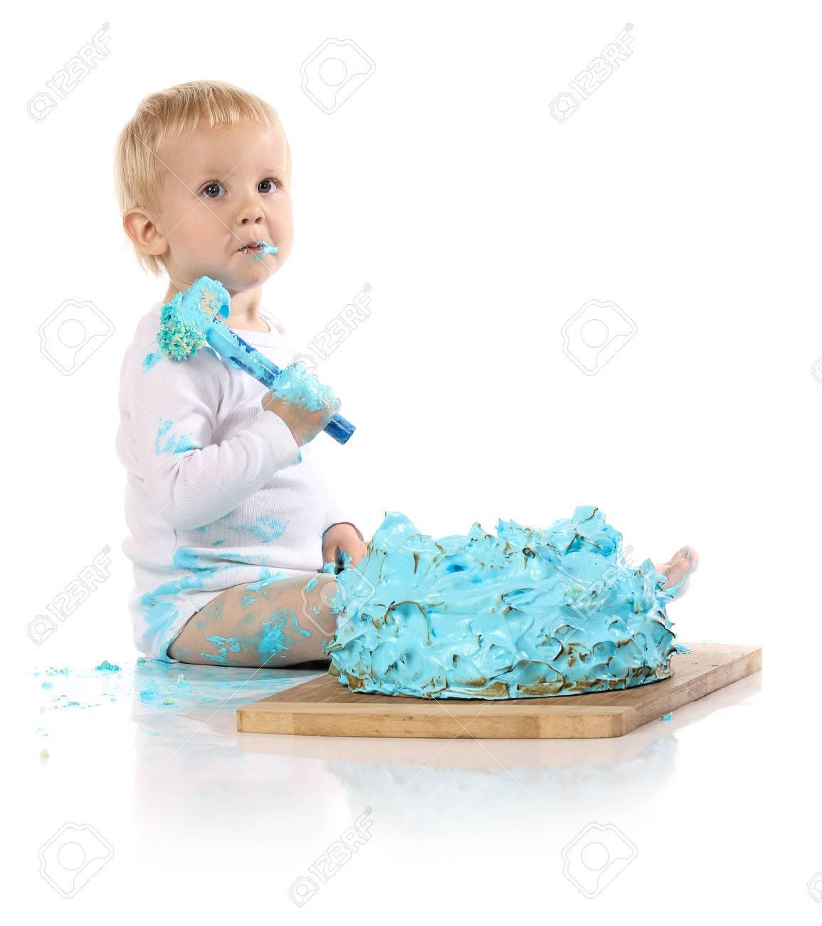 A Un Ano De Edad Bebe Rompiendo Un Helado Torta De Cumpleanos Azul