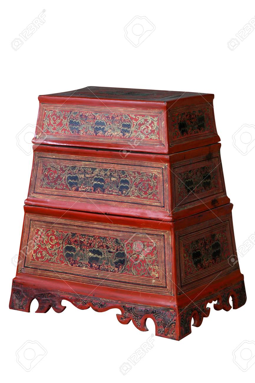 Antieke Aziatische Stijl Houten Kast Uit Thailand Geïsoleerd Op Een Witte Achtergrond