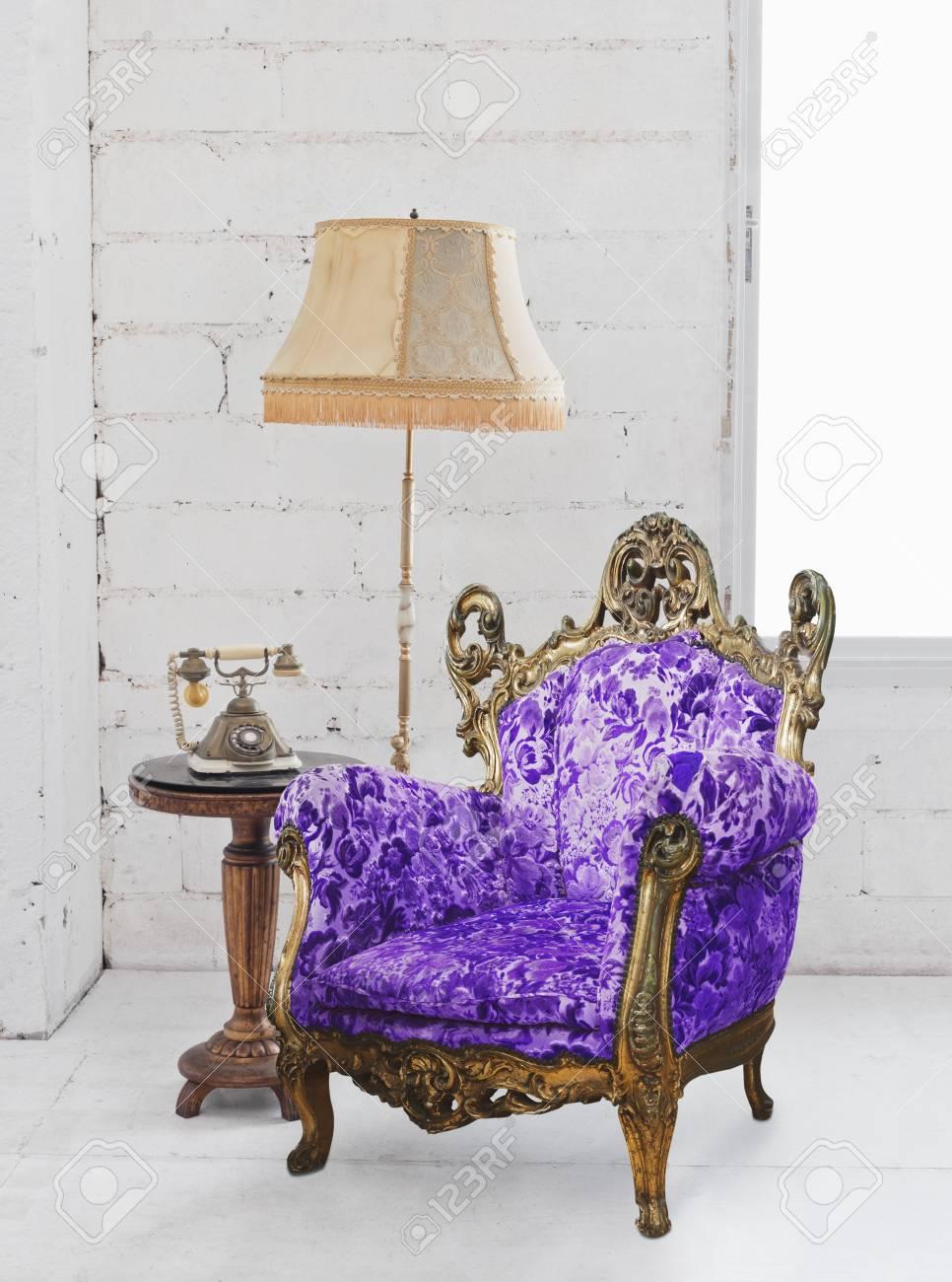 single victorian sofa in white room Stock Photo - 13063163