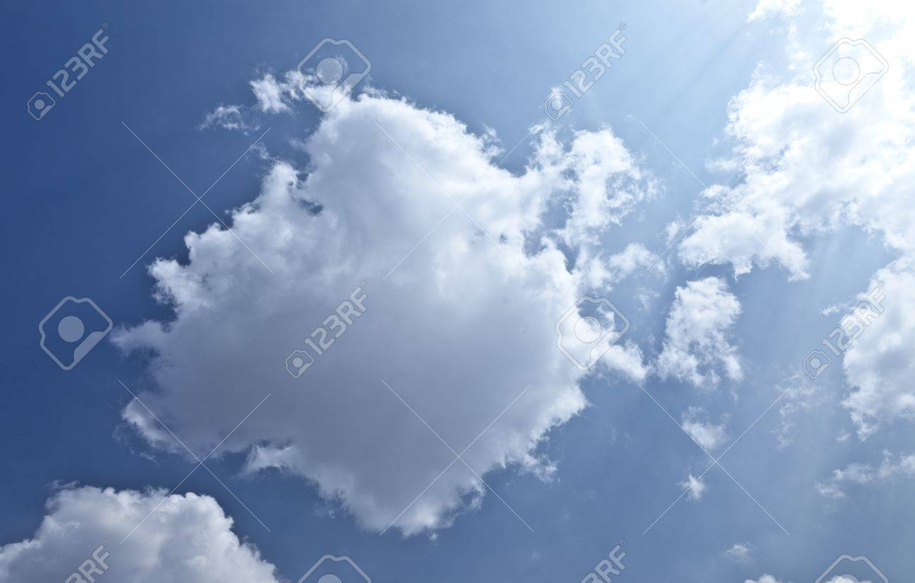 Nimbus Cloud Stock Photo, Picture And Royalty Free Image. Image ...