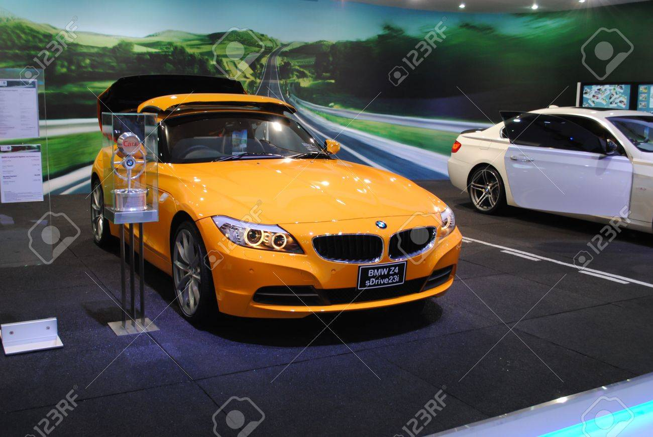 Nonthaburi Thailand March 30 The Bmw Z4 Sdrive23i In The Stock