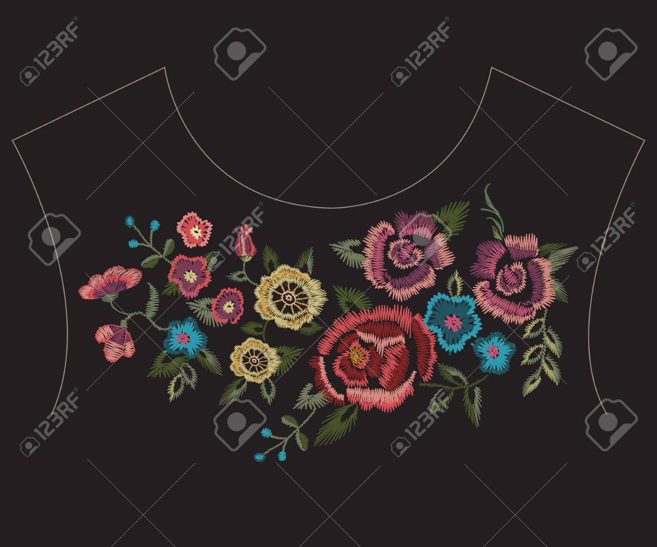 Bordado Colorido étnico Línea De Cuello Patrón Con Flores ...