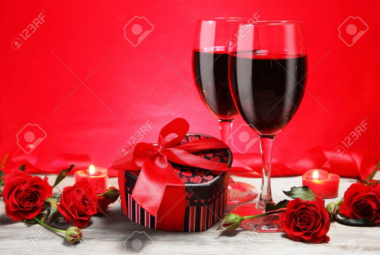 Valentine gift heart shape with wine and red roses valentine gift heart shape with wine and red roses 17897509 negle Gallery