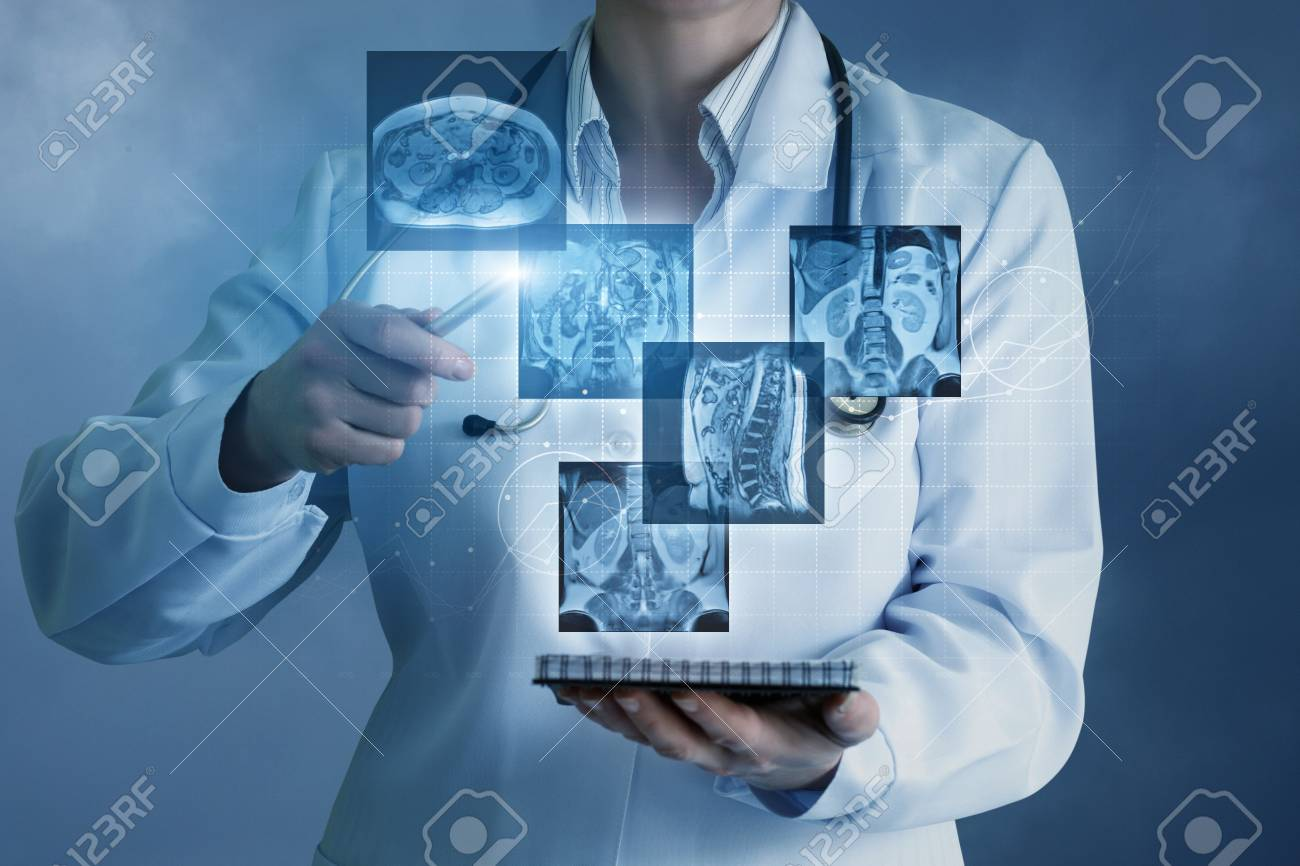 Doctor sees virtual images of the patient on a blue background. - 96772309