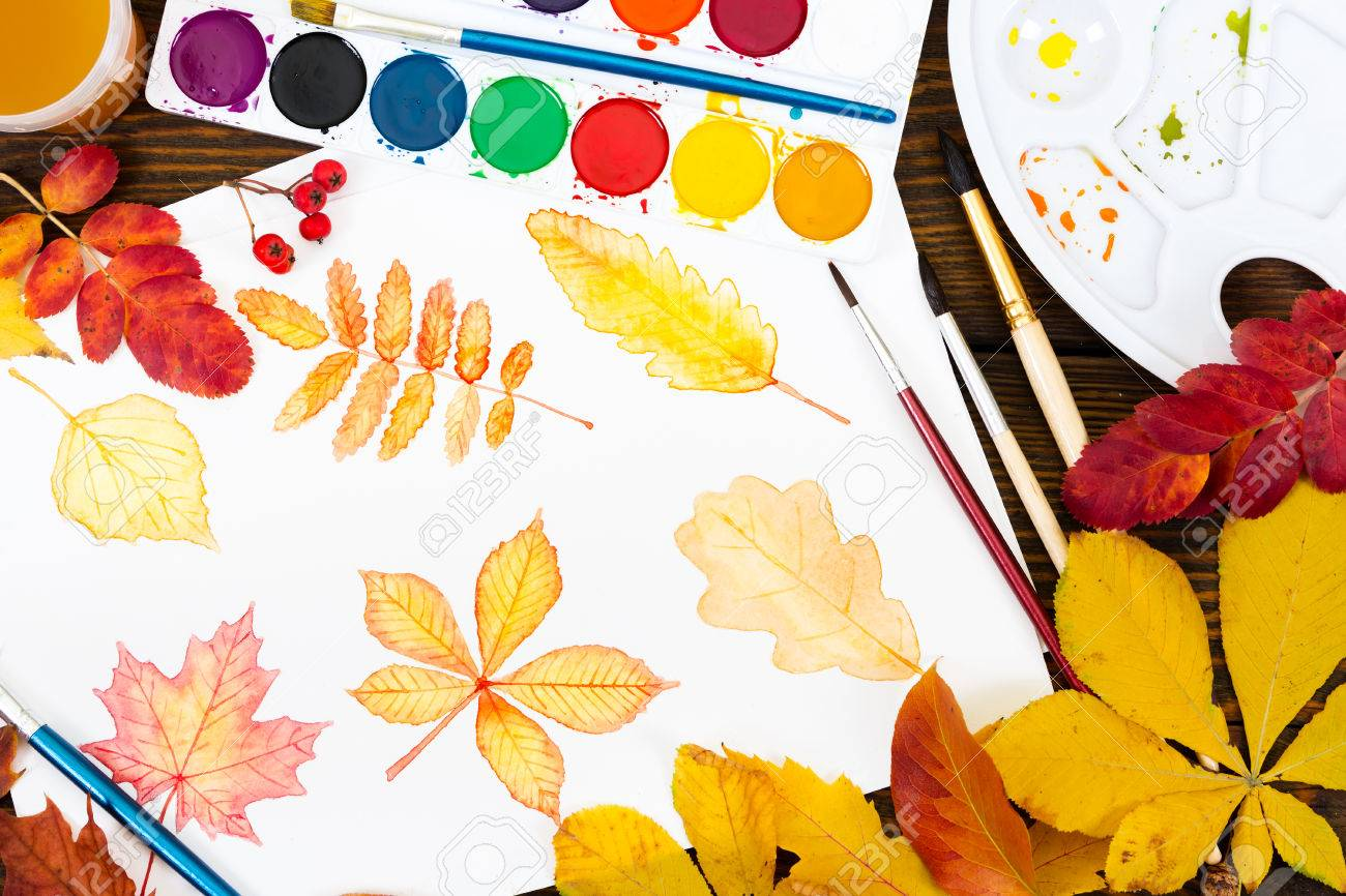 Zeichnen Mit Aquarell Blatter Im Herbst Farbe Pinsel Und Palette