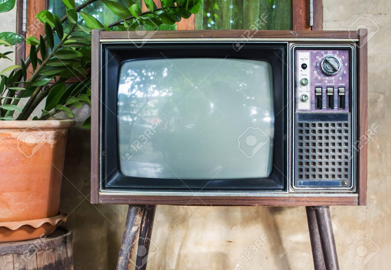 old tv માટે છબી પરિણામ