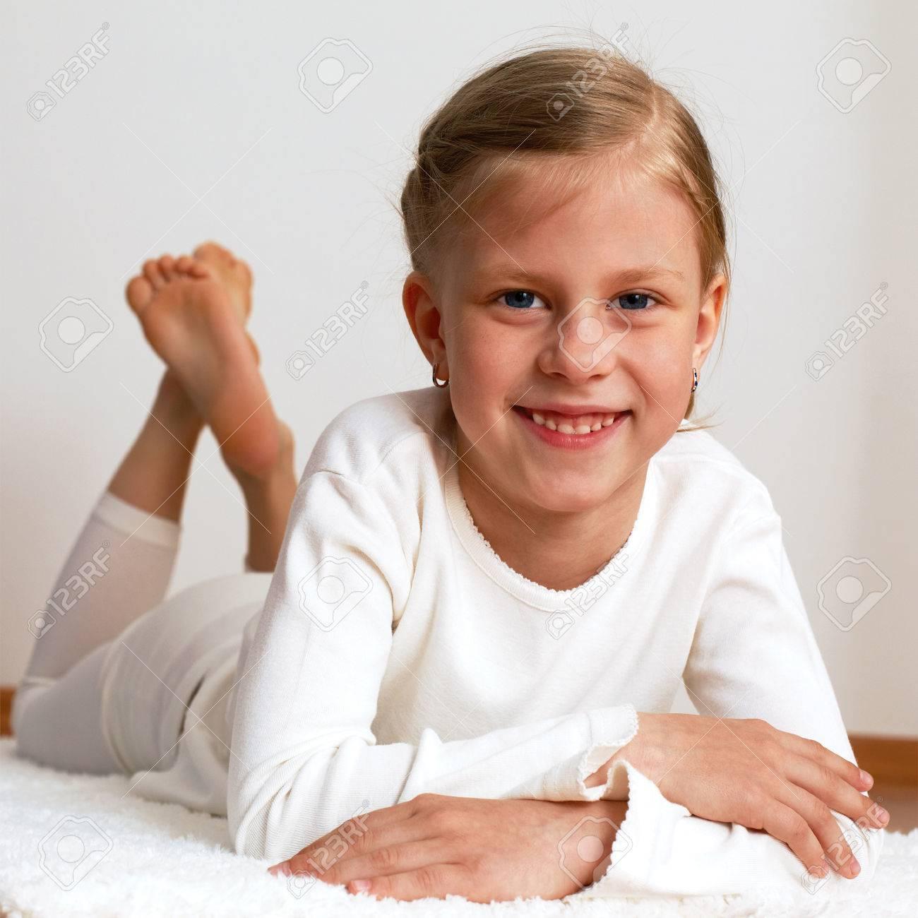 Kleine blonde mädchen