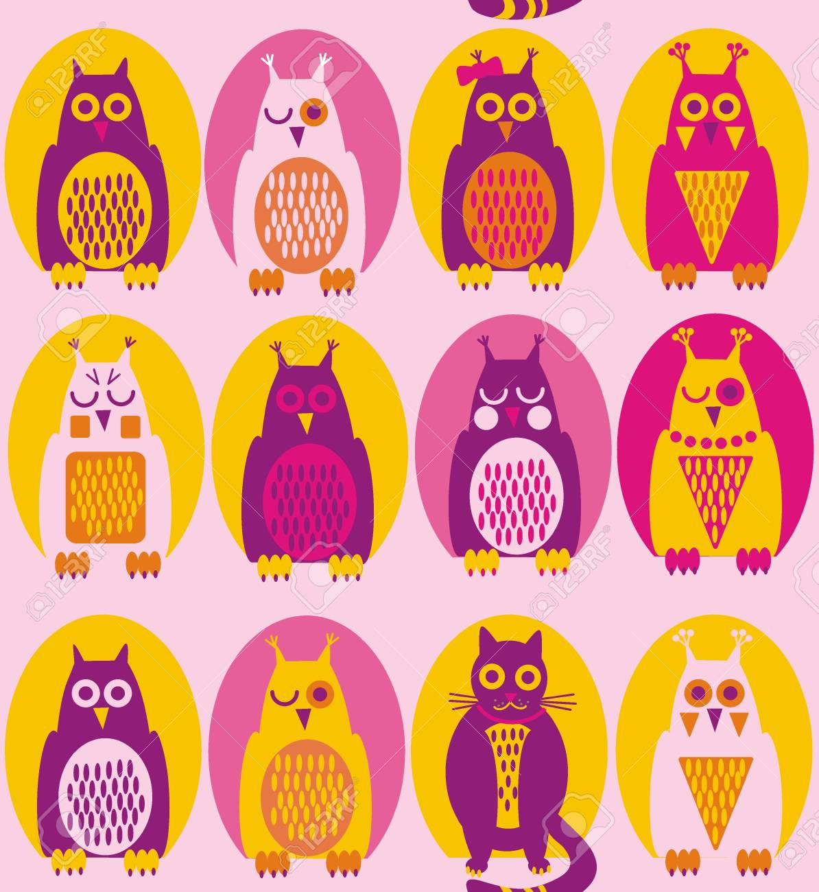 Funny owl. A seamless pattern in purple, yellow, violet owl and a cat in yellow, pink and purple hollow on a light pink background. - 124771311