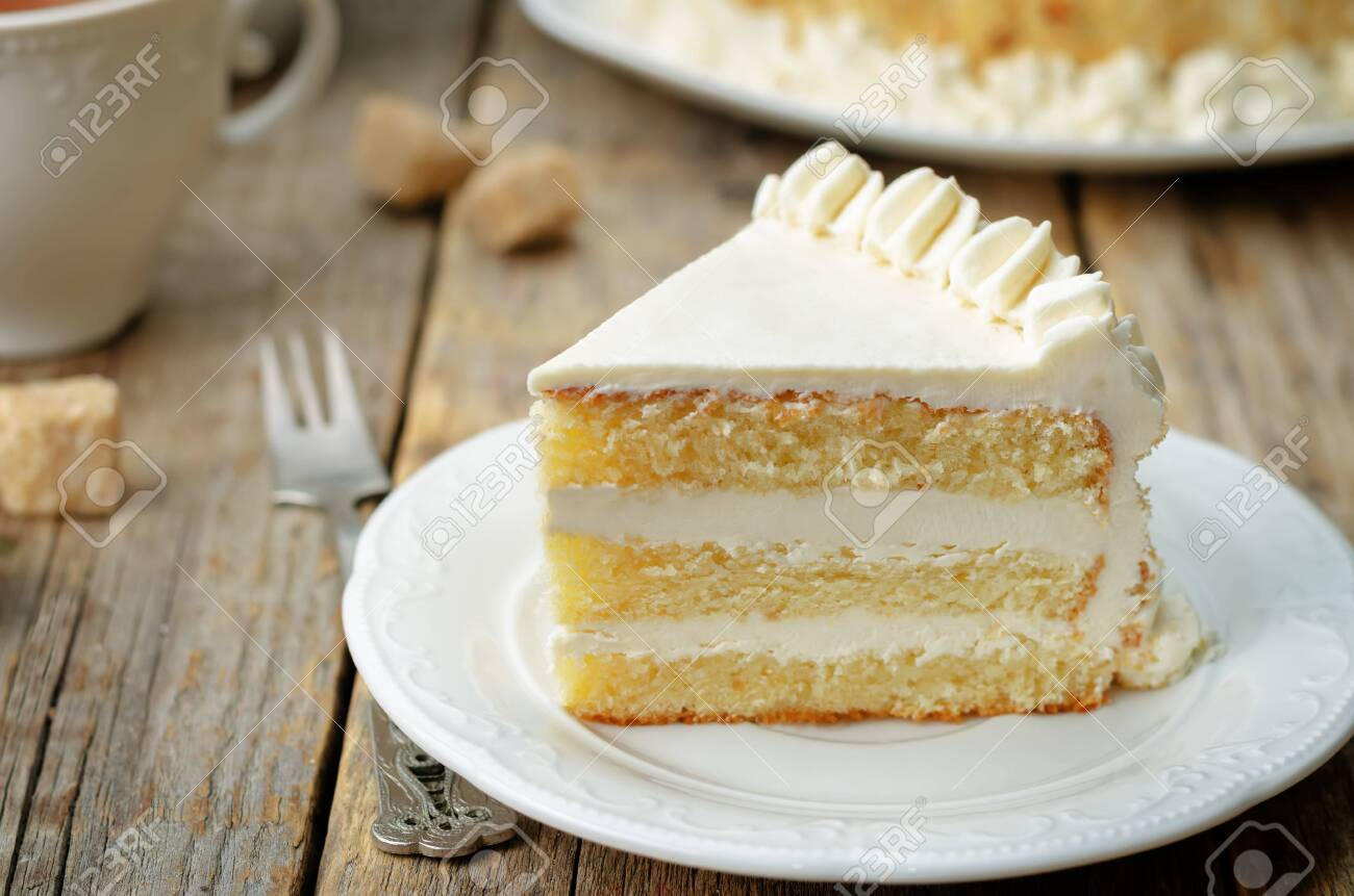 Sponge cake with butter cream. toning. selective focus - 129394775