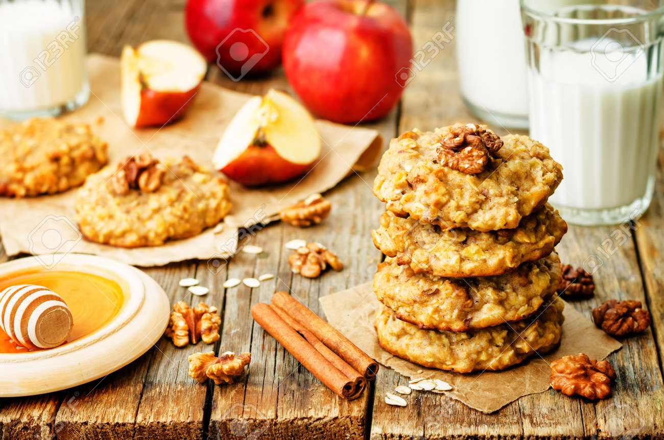 apples oats cinnamon cookies on a wood background. the toning. selective focus - 145240305