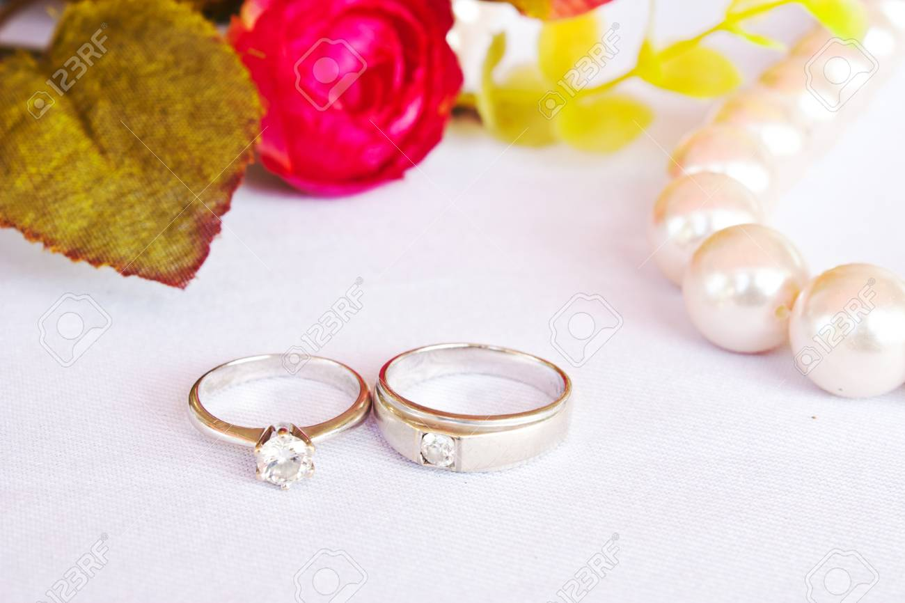 Pearl Wedding Rings.Diamond Rings With Pearl Wedding Concept