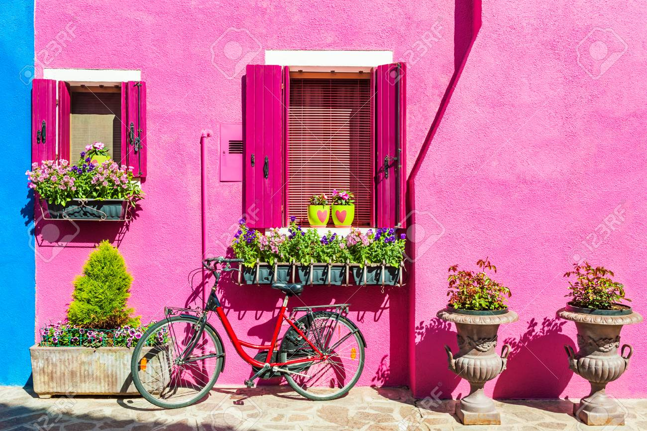 House With Pink Wall. Colorful Houses In Burano Island Near Venice ...
