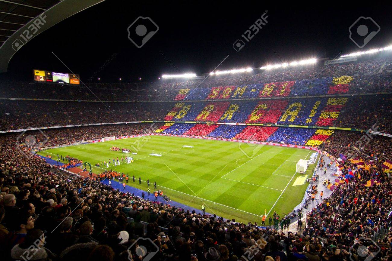 BARCELONA - JANUARY 25, 2012: Panoramic view of Camp Nou stadium before the Spanish Cup match between FC Barcelona and Real Madrid, final score 2 - 2. Stock Photo - 12074176