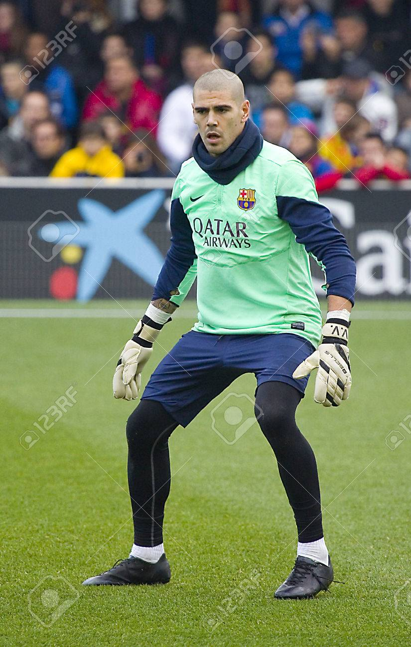 Victor Valdes In Action At FC Barcelona Team In Open Doors