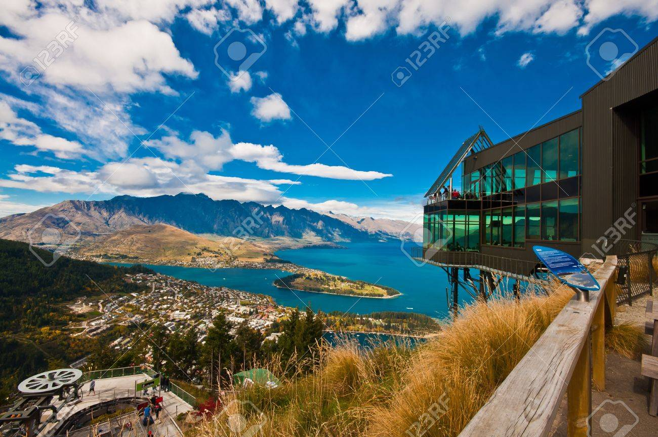 Cityscape of queenstown with lake Wakatipu from top, new zealand, south island Stock Photo - 10693248