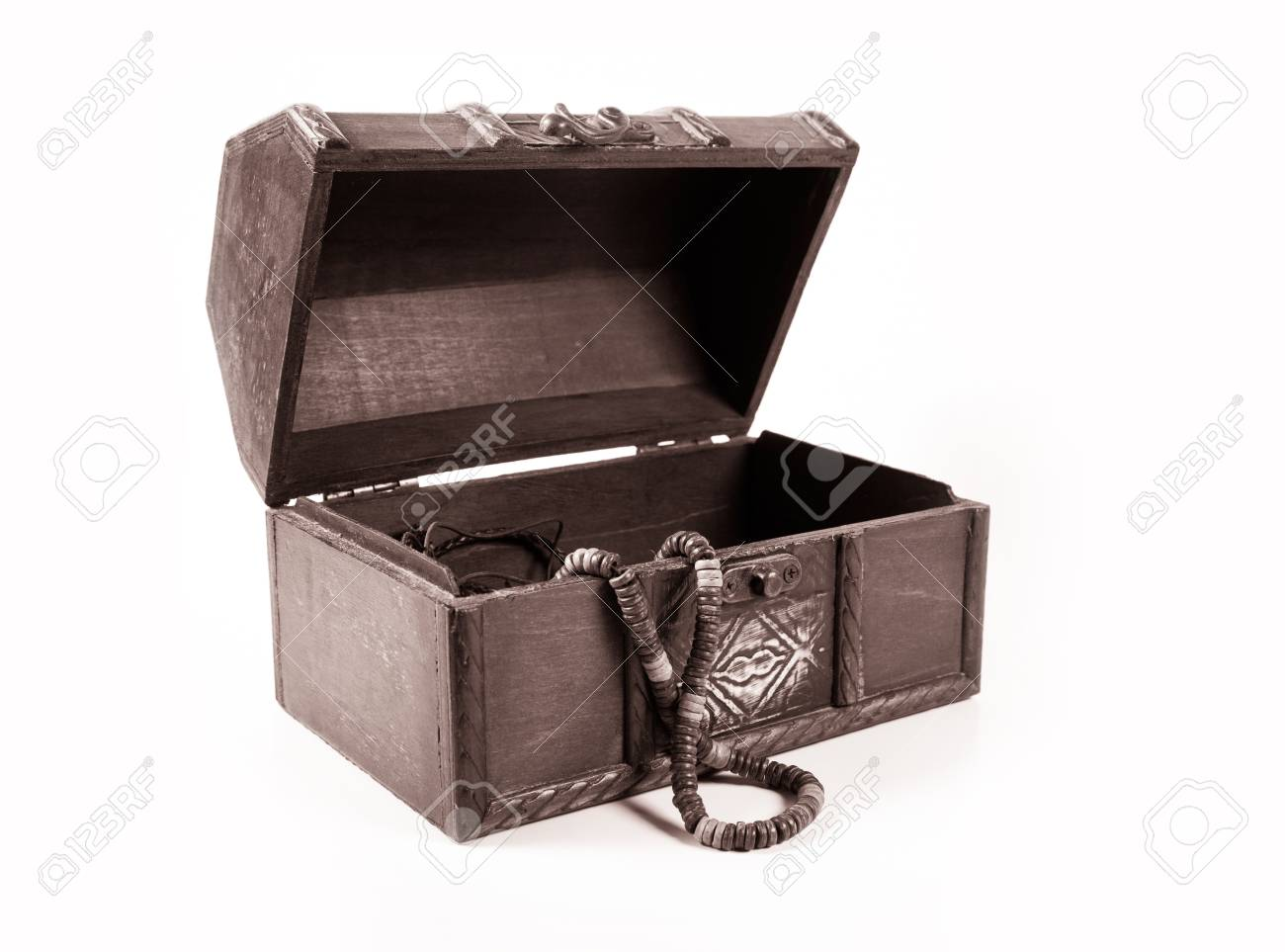 Treasure chest Stock Photo - 16687399