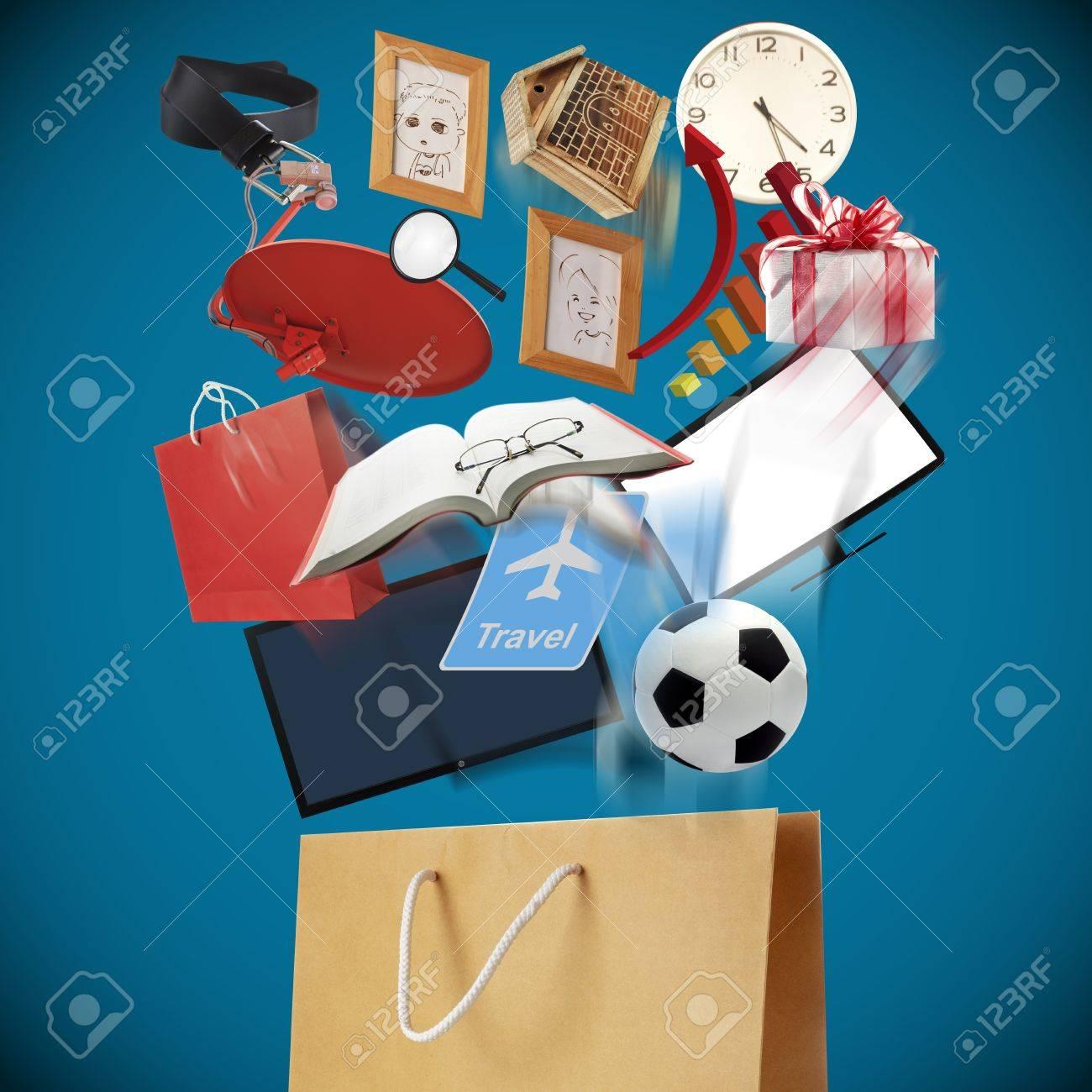 Brown Paper shopping bag Stock Photo - 17728056