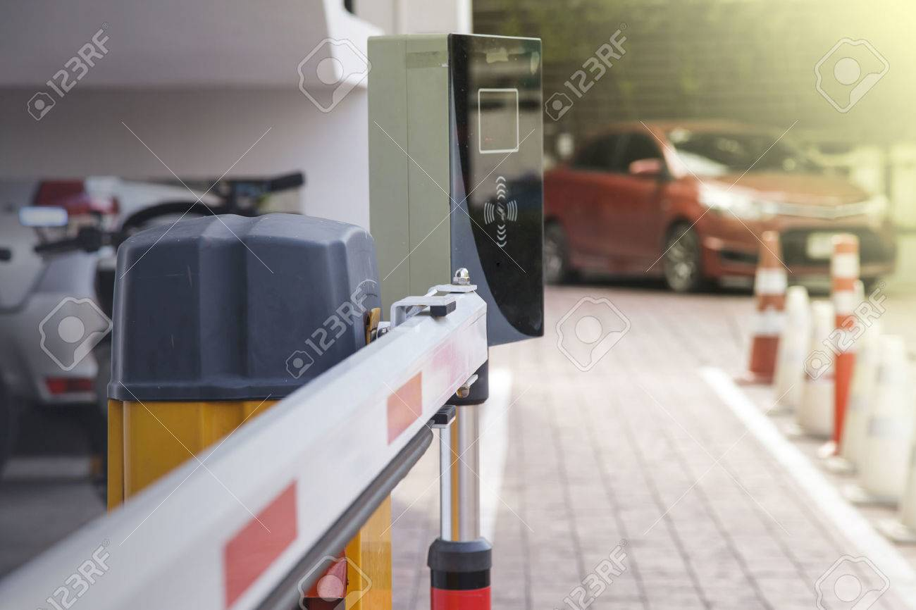 Vehicle security barrier gate on the car parking - 65981427