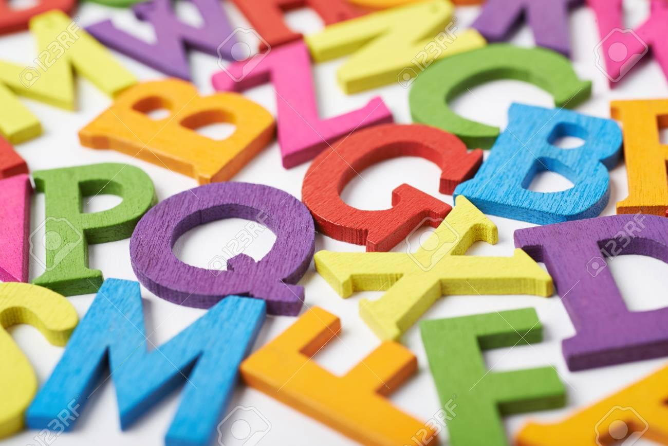 Lettere Di Legno Colorate : Lettere di legno colorate e anticate lettere