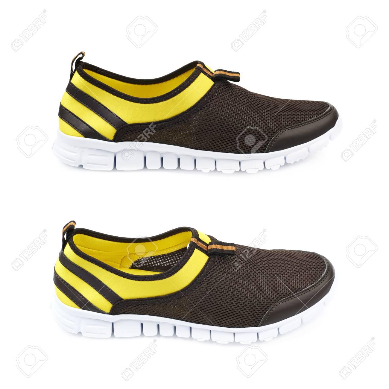 De LégèresColorées Sur Coins Sport Et Différents Fond Deux NoireIsolées Jaune BlancEnsemble Chaussures WH2IEeDY9