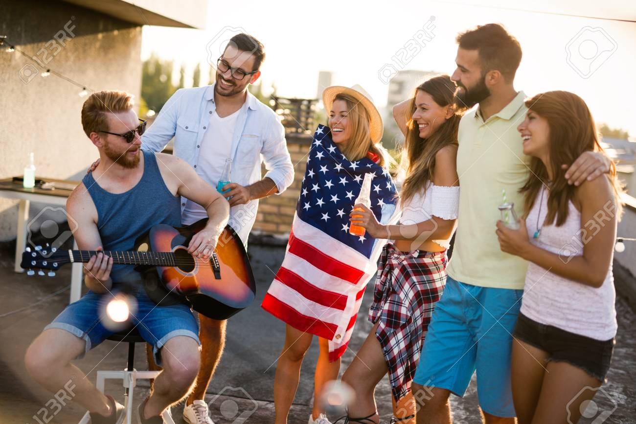 Friends Celebrating 4th Of July Holiday - 100209216