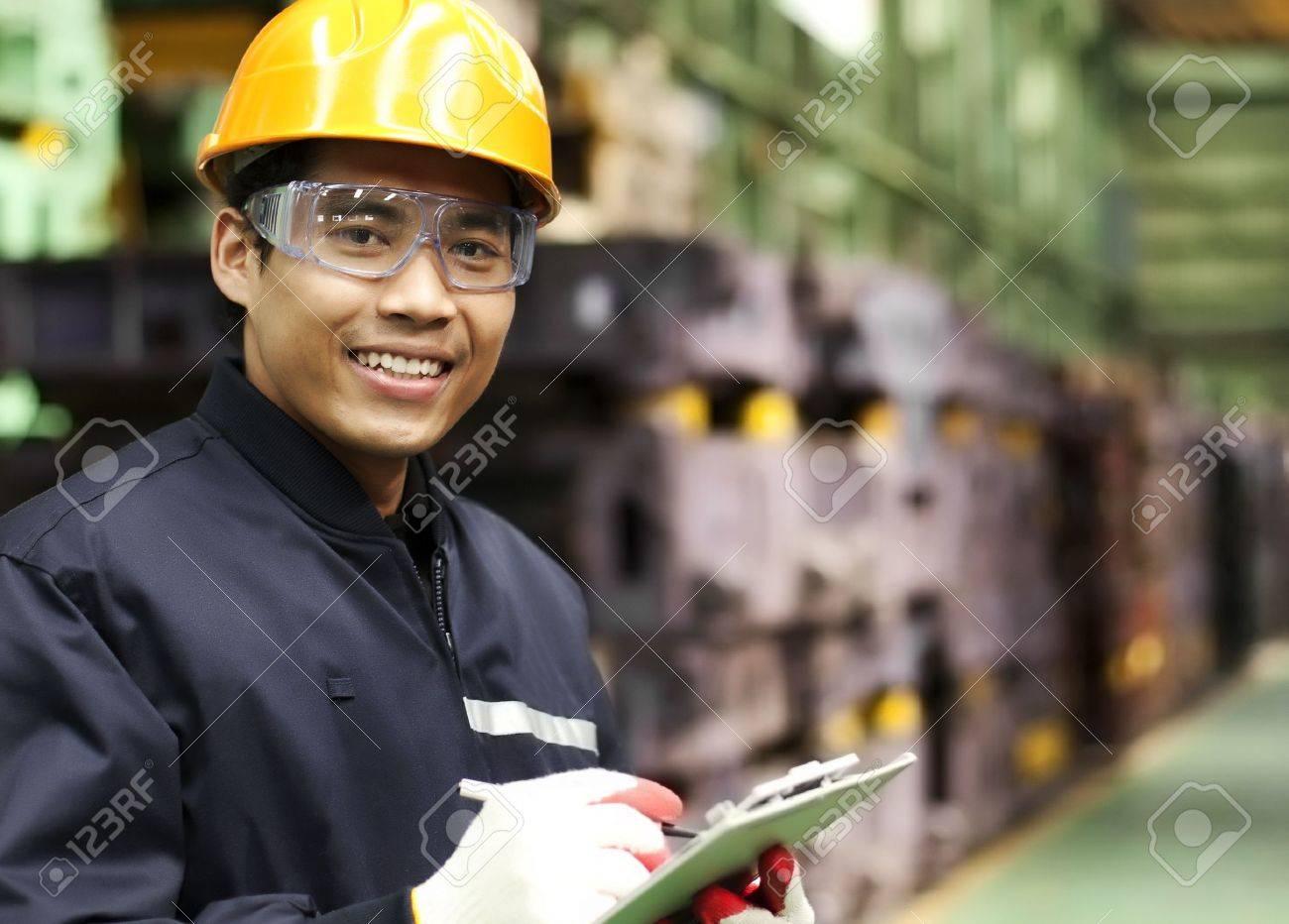Portrait asian engineer smiling - 19838579