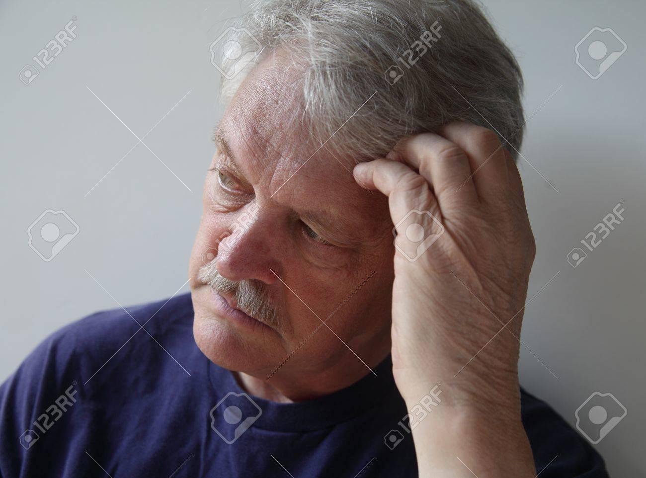 Зрелый человек фото 8