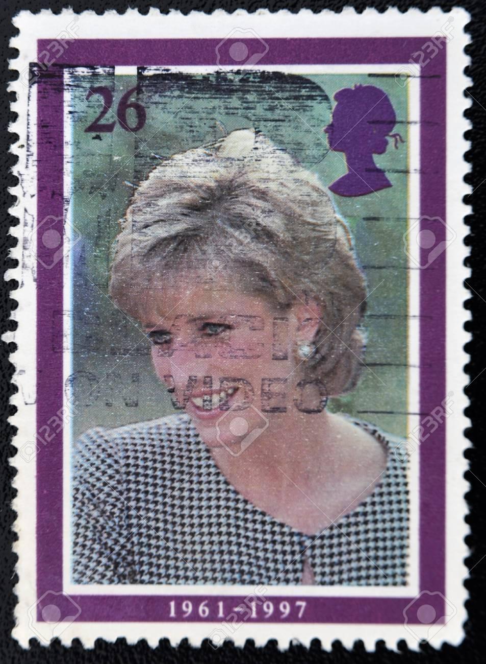 UNITED KINGDOM - CIRCA 1998: British Used Postage Stamp showing Diana, Princess of Wales, circa 1998  Stock Photo - 11099028