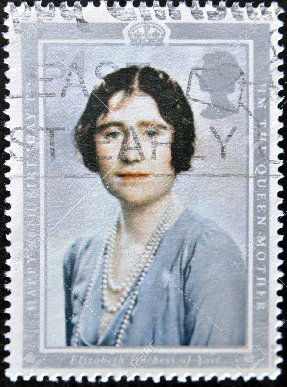 UNITED KINGDOM - CIRCA 2002: A stamp printed in Great Britain shows Queen Elizabeth, the queen mother, circa 2002  Stock Photo - 11805079