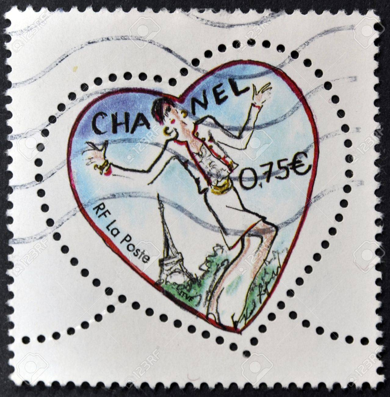 FRANCE - CIRCA 2003: A stamp printed in France shows a heart by Chanel, circa 2003 Stock Photo - 11949362