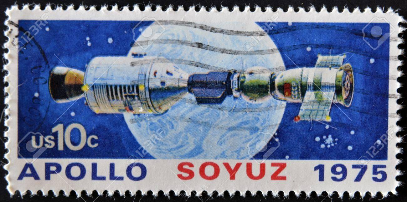 UNITED STATES - CIRCA 1975: A stamp printed in USA shows space satellite, apollo soyuz, circa 1975 Stock Photo - 11950383