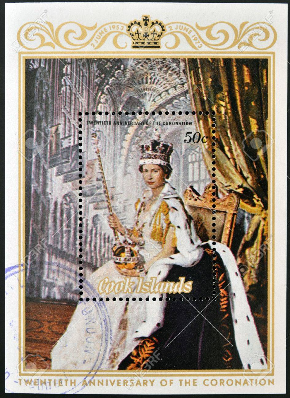 COOK ISLANDS - CIRCA 1973  A stamp printed in Cook Islands shows portrait of Queen Elizabeth II  coronation , circa 1975   Stock Photo - 14145011
