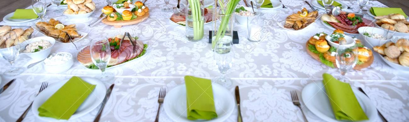 Image D Une Variete Traiteur Alimentaire Sur Une Table Decoration