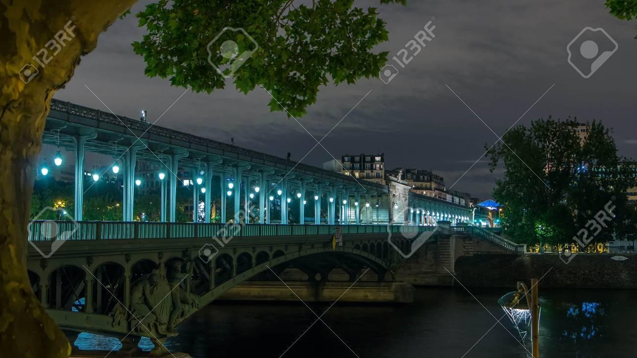 View Of Pont De Bir Hakeim Formerly Pont De Passy Night Timelapse