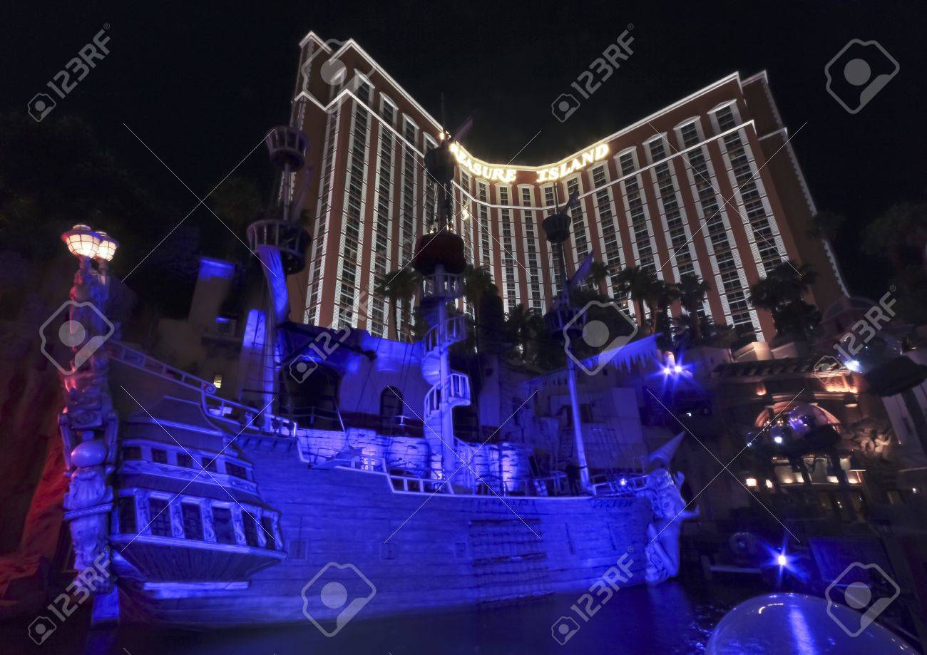 Las Vegas, Nevada - June 9: A View of the Treasure Island Hotel and Casino on June 9, 2011, in Las Vegas, Nevada. This pirate themed hotel is a landmark on the famous Las Vegas Strip. Stock Photo - 10052211