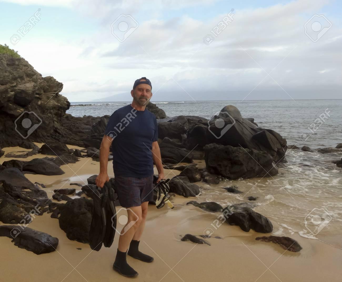 vásárol új a legjobb legújabb design A Snorkeler Set To Enter The Water, Kapalua Bay, West Maui, Hawaii ...