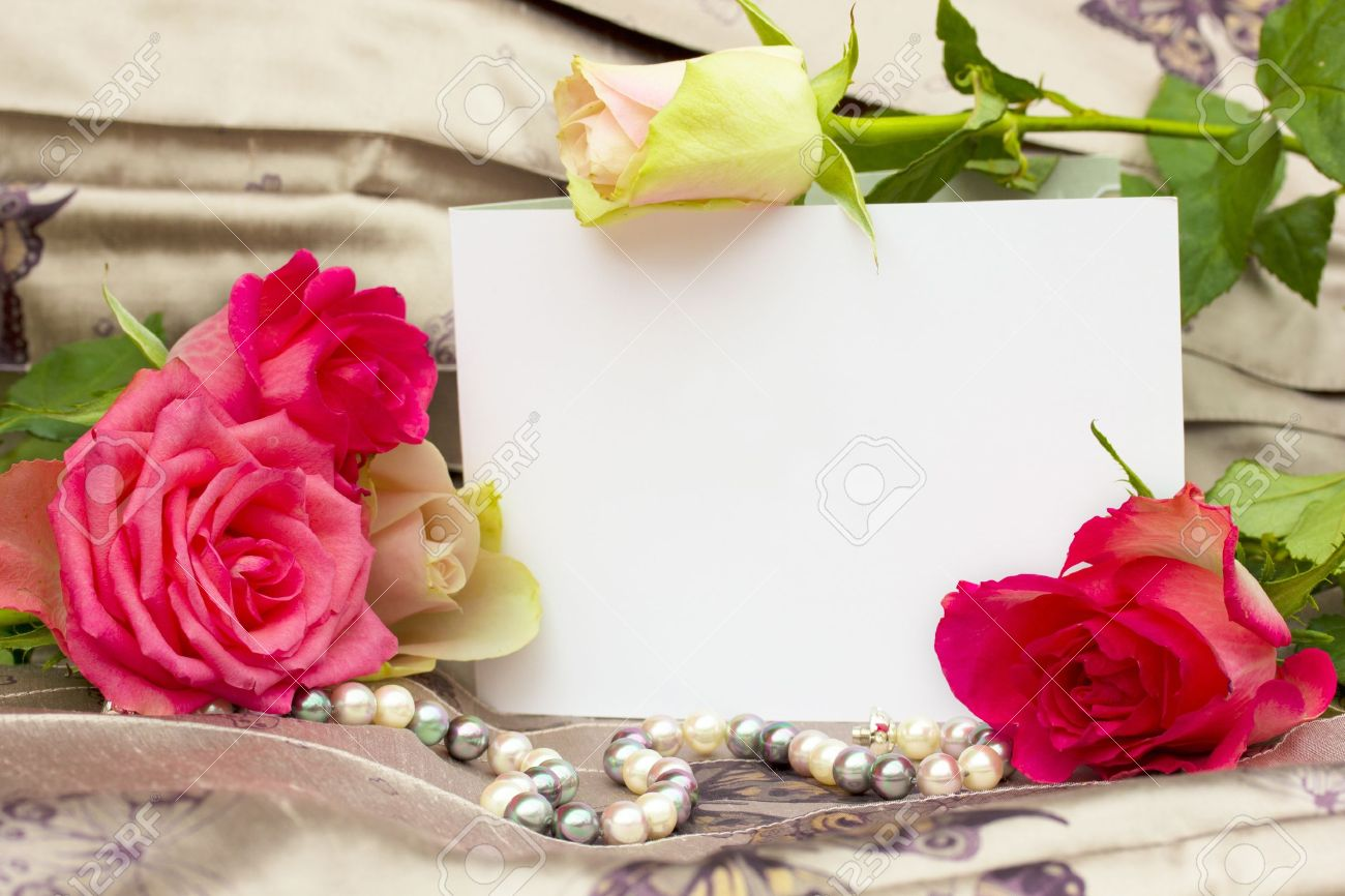 roses with pearls strand and blank card background Stock Photo - 11830622