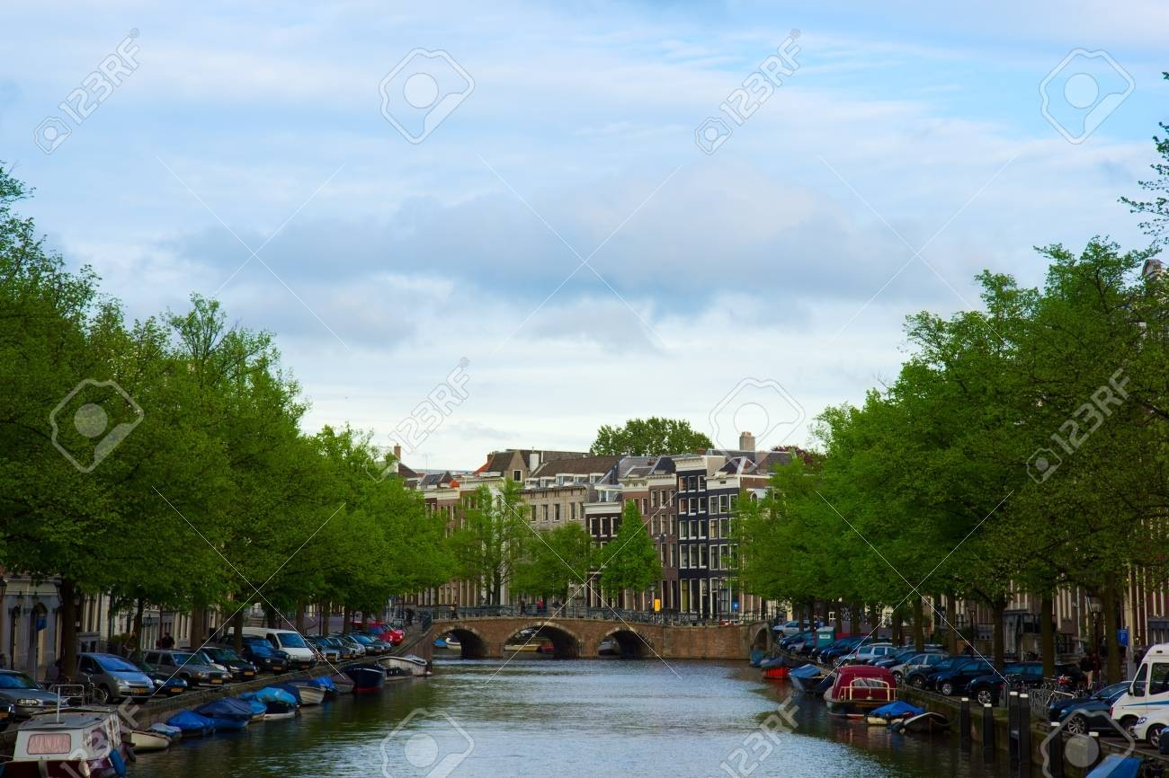 old houses on Amsterdam canal ring, Holland Stock Photo - 14884021