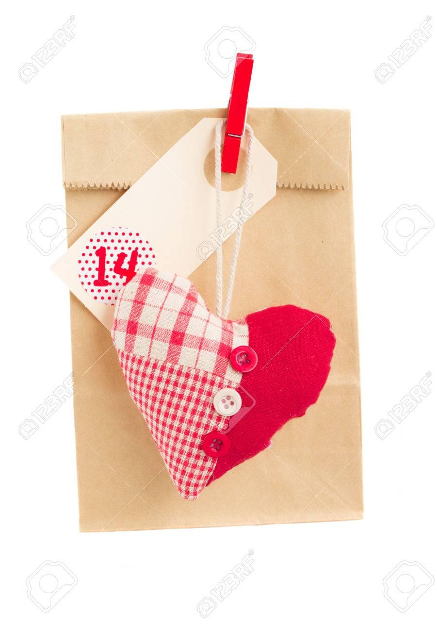 Fondo Para Aislado En Blanco Bolsa De Papel San Con Regalo Corazón Valentín El Día thdrsQ