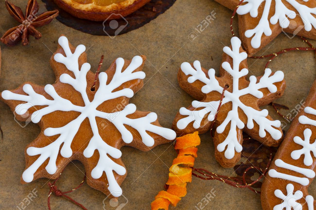 Frosted Snowflakes Christmas Gingerbread Cookies With Oranges