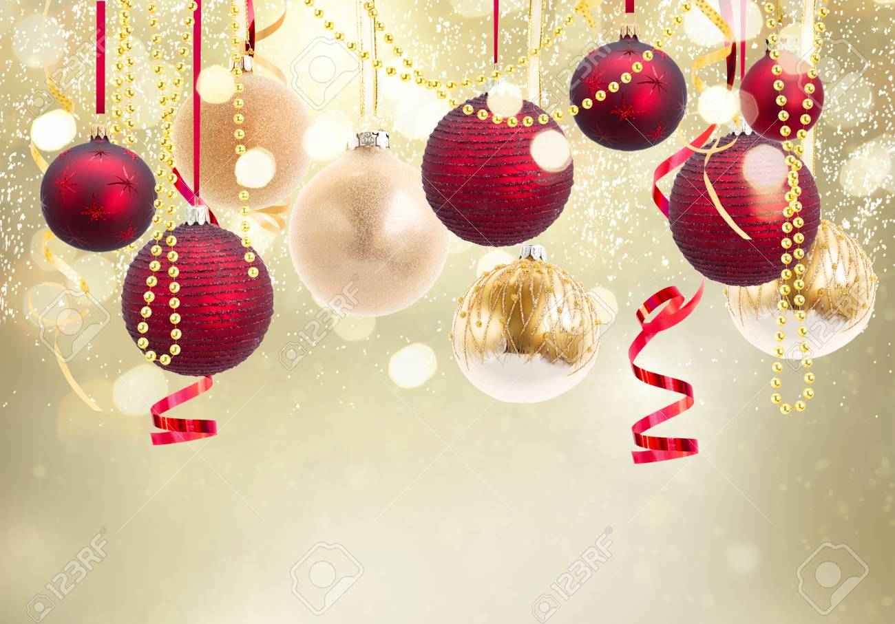 Christmas Ball Garland.Red And Golden Christmas Balls Garland On Festive Glowing Golden