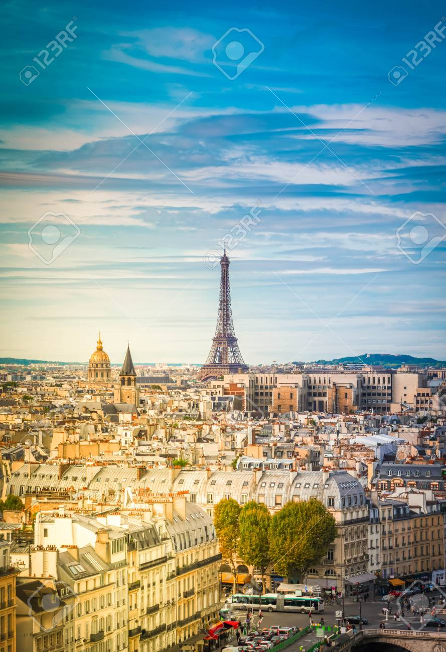 skyline of Paris city with eiffel tower landmark from above in soft morning light, France, retro toned - 115012928